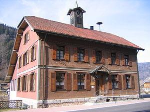 Menzenschwand - Ortsverwaltung (ehemaliges Schul- und Rathaus)