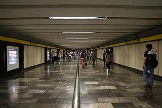 Metro La Raza Mexico City metro station