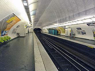 Anvers (Paris Métro) - Image: Metro de Paris Ligne 2 Anvers 03