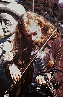 Mickey Finn (Irish fiddler)