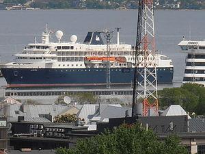 Minerva IMO 9144196 in Tallinn 31 May 2012.JPG