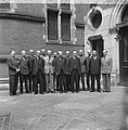 Ministers van het kabinet Schermerhor-Drees poseren, Bestanddeelnr 900-4623.jpg