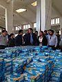 Ministro Peñailillo visita centro de acopio para damnificados de incendio de Valparaíso 2.jpg