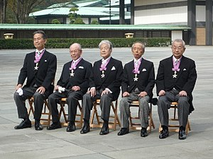 Saiichi Maruya - Maruya received the Order of Culture. After that, they posed for the photo. (at the East Garden of the Tokyo Imperial Palace on November 3, 2011)