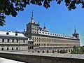 Monasterio de San Lorenzo de El Escorial. Vista de la fachada sur.jpg