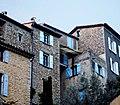 Montbrun-les-Bains Maisons en hauteur.jpg