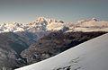 Monte Bianco-stratificazioni naturali parallele 11-11-2011.jpg