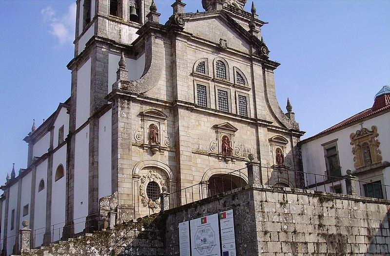 File:Mosteiro de Tibães (visto pelo exterior).jpg