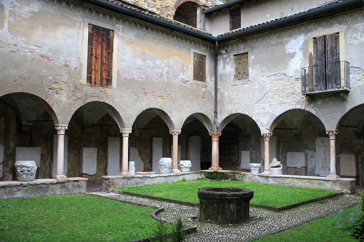Museo archeologico al teatro romano - Wikipedia