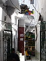 Narrow streets between baoli and Nizamuddin dargah (3545796810).jpg