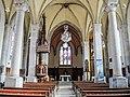 Nef de l'église de Montrond-le-Château.jpg