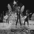 New York Dolls - TopPop 1973 08.png