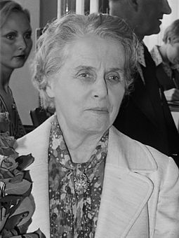Ninette de Valois with whom Ashton was associated from 1931 Ninette de Valois (1974).jpg