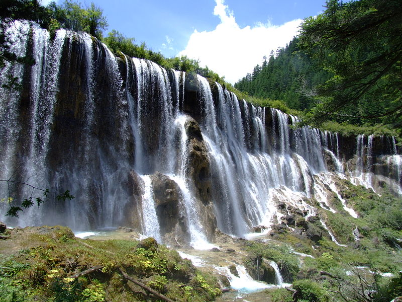 File:Nuorilang-Waterfall.jpg