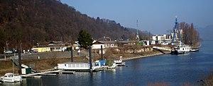 Oberwinter Hafen Werft.jpg