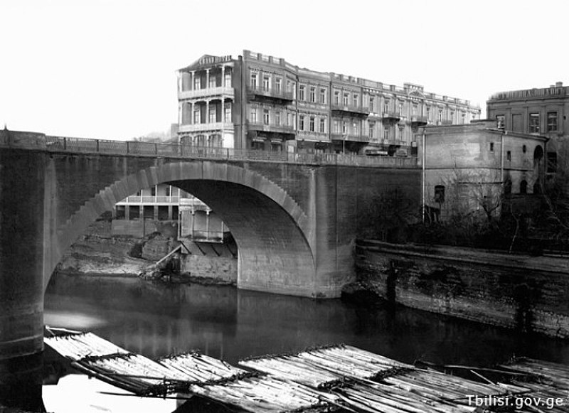 File:Old Tbilisi - XIX century.jpg