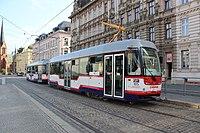 Olomouc, konci k sobě spřažené tramvaje (1).jpg