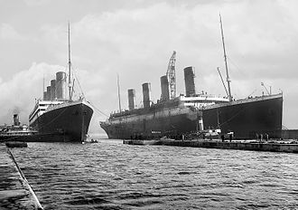 Olympic-class ocean liner - Image: Olympic and Titanic crop