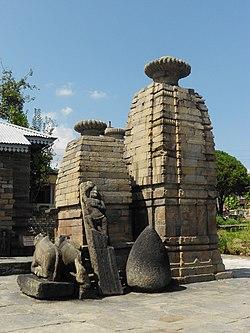 One of the temples of Baijnath, Uttarakhand, India.jpg