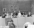 Opening jubileafeesten Alkmaar, officiele opening feesten door burgemeester, Bestanddeelnr 906-6040.jpg