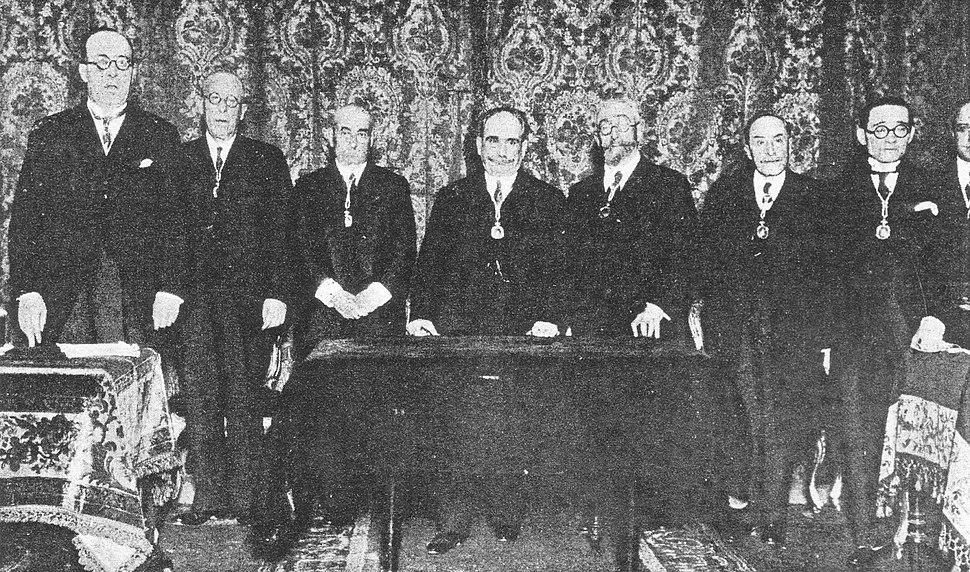 Otero Pedrayo, Manuel Lugrís ... Eladio Rodríguez, Félix Estrada Catoyra ... Risco ... 9-12-1929
