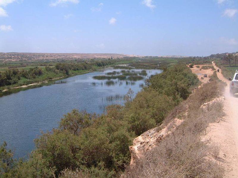 Desembocadura del río Massa