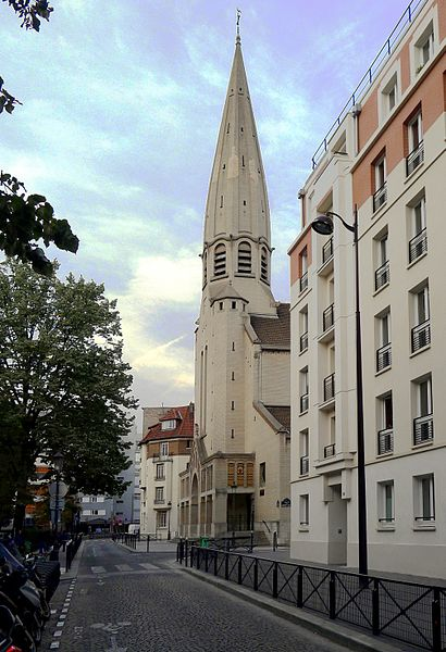 Fichier:P1030457 Paris XV rue Dupleix église Saint-Léon rwk.JPG