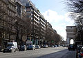 P1310437 Paris XVII avenue de Wagram rwk.jpg