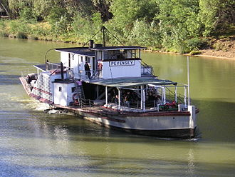 Echuca - Paddle Steamer PS Pevensey