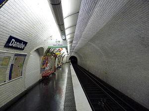 Danube (Paris Métro) - Image: Paris metro danube
