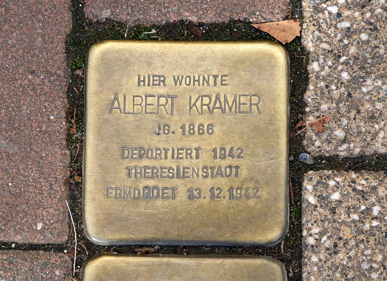 Pariser Strasse 105 - Albert Kramer - Stolperstein Nieder-Olm.jpg