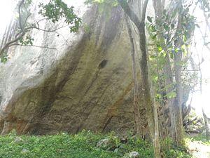 Tibacuy - Image: Parte baja Piedra del diablo cumaca