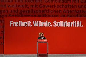 Sabine Lösing - Image: Parteitag mit Sabine Lösing