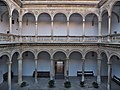 Patio de la Capilla. Hospital Real de Granada.jpg