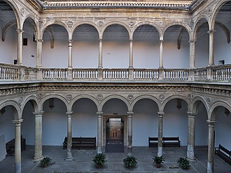 University of Granada - The Renaissance court of the Royal Hospital of Granada (1511-1526)