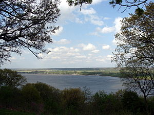 Grandview Drive - One view across the Illinois River from Grandview Drive, 2008