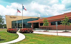 Pershing Middle School (Houston) - Image: Pershing middle school