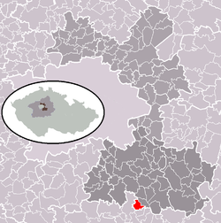 Location of Pětihosty within Prague-East District