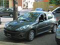 Peugeot 207 Compact 1.4 2010 (14093248406).jpg
