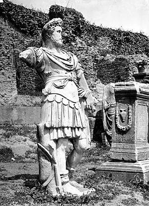 Skikda - Statue from Skikda's museum