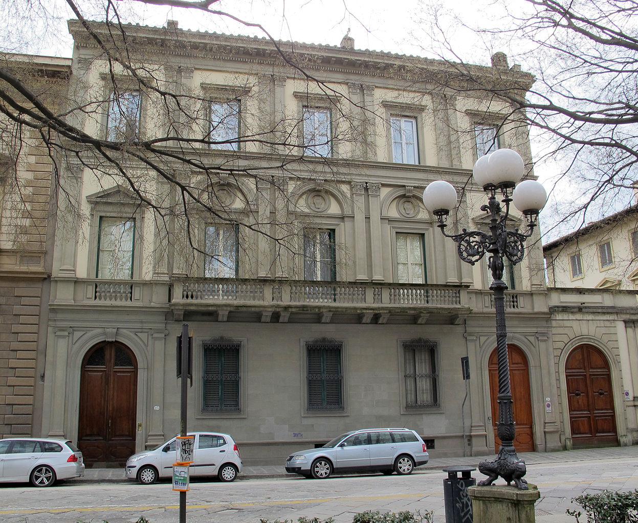 File piazza d 39 azeglio 24 palazzo astengo 03 jpg wikipedia for Palazzo 24
