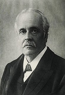 Picture of Arthur Balfour.jpg