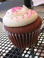 Pink velvet cupcake, September 2007.jpg