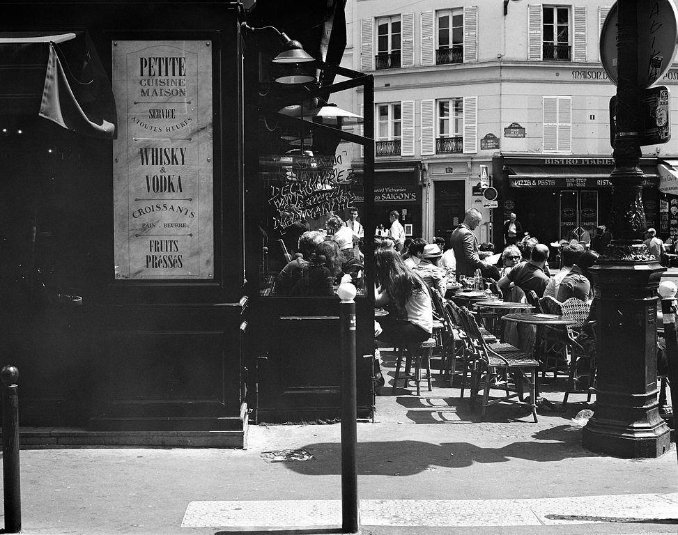 Place de la Contrescarpe, Paris by Matt Cassagrande (wikicommons)