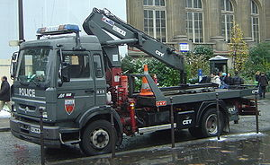 Renault Trucks - Renault Midliner with Club of Four cab, late 1990s model