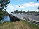 Pont Jacques-Bizard.jpg