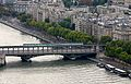 Pont de Bir-Hakeim October 2009.jpg