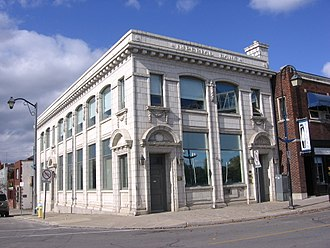 Port Colborne - Former bank building on West Street in Port Colborne