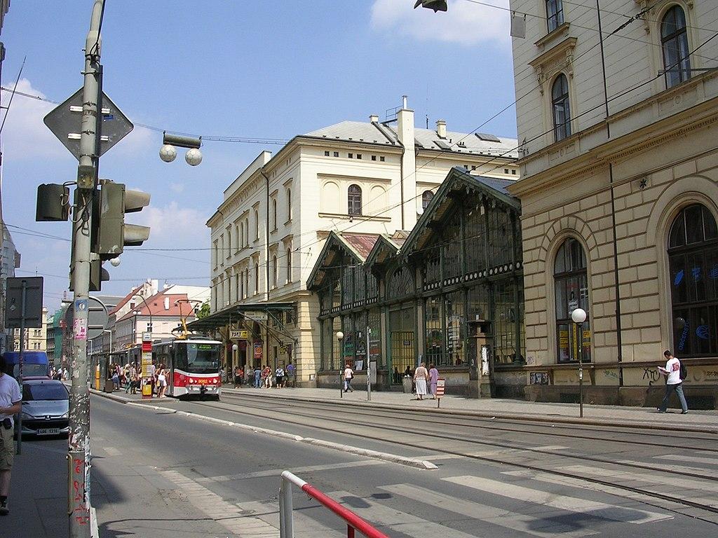 Elewacja od strony ul. Havlíčka (hala przyjazdów)