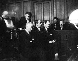 Jacques Arthuys - Langlois-Longueville, Valois and Arthuys of the Faisceau on trial in January 1927